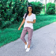 Rose Joggers and White Lounge tshirt and nike slip on sneakers Fashion Beauty, Women's Fashion, Fashion Outfits, Fashion Trends, Fall Winter Outfits, Spring Outfits, White Lounge, Lifestyle Group, Fashion Group