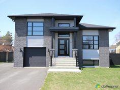 Maison à vendre Drummondville, 1340 rue Lapalme, immobilier Québec   DuProprio   609980 Rue, Beautiful World, Facade, House Plans, Garage Doors, Exterior, Outdoor Decor, Home Decor, Exterior Homes