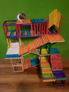 hamster's playground out of popsicle sticks Gerbil Toys, Diy Hamster Toys, Hamster Diy Cage, Hamster Life, Hamster Habitat, Baby Hamster, Hamster House, Hamster Stuff, Diy Guinea Pig Toys