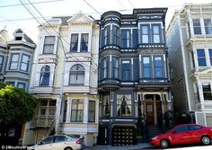 San Francisco's OTHER 'Painted Ladies': Spine-chilling black Victorian homes in the City by the Bay are revealed in time for Halloween Victorian Architecture, Beautiful Architecture, Beautiful Buildings, Woman Painting, House Painting, San Francisco Houses, Victorian Style Homes, Second Empire, San Fransisco