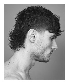 Mullet Fade, Mens Mullet, Curly Mullet, Mohawk Mullet, Mullet Hairstyle, Short Mullet, Male Haircuts Curly, Cool Haircuts, Haircuts For Men