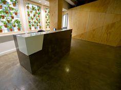 Office & workspace : Reception desk, Australia, design by Craig Yelland, Plus Architecture [ staron solid surface : BW010-Bright white]