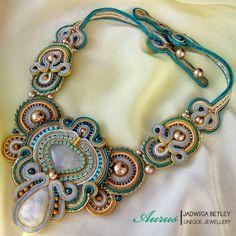 Aurus Fiber Art Jewelry, Paper Jewelry, Jewelry Art, Beaded Jewellery, Jewlery, Embroidery Jewelry, Beaded Embroidery, Soutache Necklace, Crochet Necklace