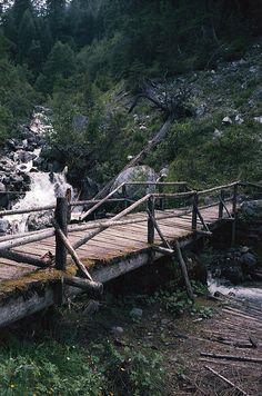 wooden bridge by skuidriver, via Flickr