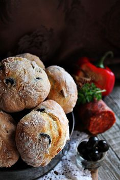 Ciabatta, Ring Cake, Bread And Pastries, Canapes, Pasta Dishes, Scones, Sandwiches, Muffin, Food And Drink