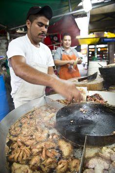 Tacos de tripa -  Mexican Street food  [ MexicanConnexionForTile.com ] #food #Talavera #handmade