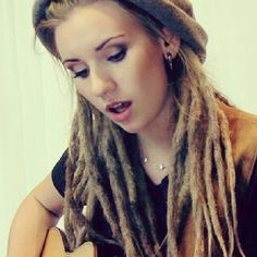 I've seen some really sloppy lookin dreads... I like this