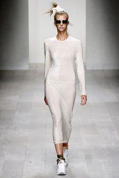 Hair Accessories & Fashion - Bows, Scrunchies & Ribbons (Vogue.com UK) (Vogue.com UK)