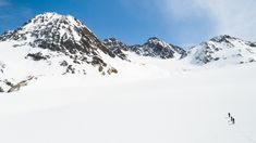 Ski touring takes you to unexpected views in Pitztal. The ultimate experience is a trip to the Wildspitze at meters. Tyrol Austria, Ski Touring, Winter Activities, Mount Everest, Skiing, Explore, Mountains, Travel, Ski