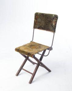 CH130 Iago Rug Folding Chair.jpg