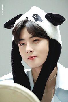 Lee Dong Min, Cha Eun Woo Astro, Astro Fandom Name, Eunwoo Astro, Korean Actors, Korean Idols, Fashion Sketches, Kdrama, Handsome