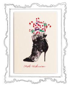 St. Claus Shoe Was gibt es Schöneres als in der glitzernden Weihnachtszeit liebe Menschen mit herzlichen Zeilen zu überraschen und etwas Weihnachtszauber zu verschicken. Das Weihnachtskarten schreiben ist eine zauberhafte Tradition, die zu Weihnachten – dem Fest der Liebe und Familie – einfach dazugehört.  Die elegante Klappkarte, in einem zarten Cremeweiß, hat das Format 118 x 168 mm (200g) und der Umschlag 125 x 176 mm (120g)