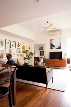House Tour A Vintage Modern Melbourne Home Apartment Therapy Studio