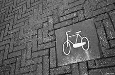 Marking the bike paths...