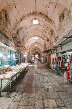 Jerusalem Travel, Mount Of Olives, Roman Columns, Temple Mount, Dome Of The Rock, Walk Past, Travel Planner, Old City, Beautiful Architecture