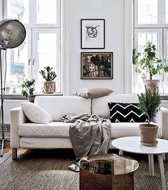 Cred: @bjurfors_goteborg and @styledbyemmahos  _____________________ #interior #inspiration #interiorinspo #scandinavianhomes #skandinaviskehem #skandinaviskehjem #nordicinspiration #nordichomes #nordiskehjem #dailyinstainspo #dailyinterior #interior123 #interior2all #interior2you #interior4all #interiordesign #finahem #interiørmagasinet #interior4all #interiores #boligindretning #boligpluss #boligstyling #boligmagasinetdk #boligmagasinet #bobedre