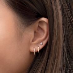 Triple Ear Piercing, Pretty Ear Piercings, Types Of Ear Piercings, Second Lobe Piercing, 3 Lobe Piercings, Ear Jewelry, Cute Jewelry, Jewelery, Dainty Jewelry