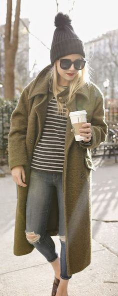 ...olive! Though I find this particular combination a bit drab, the coat itself is excellent basic colour for an autumn.