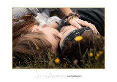 #Coupleshoot - #Poses for #couples - #Love - #Liebe - #Hippie - #Kuss - #Blumenwiese - #Paarshooting im Raum Frankfurt - #Fotografie by Jenny Anastasia Photography - http://www.jennyanastasia.de