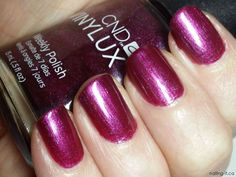 CND Vinylux Weekly Polish - Tango Passion - Swatch