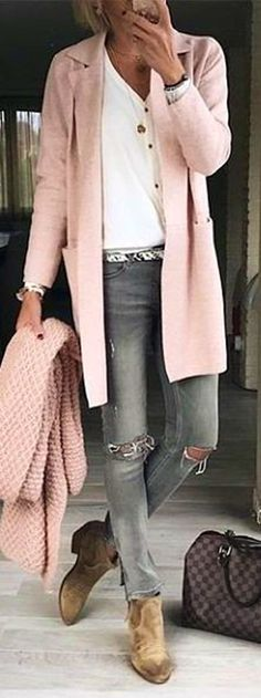 #winter #outfits pink long cardigan with distressed jeans and boots outfit
