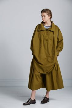Long Days Cape by Kowtow. Ethical organic cotton.