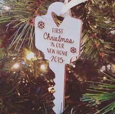 45 DIY Ribbon Ornament for Christmas - WordPress Sitesi Gold Christmas Ornaments, House Ornaments, Personalized Christmas Ornaments, Christmas Decorations, Ornaments Ideas, First Christmas, All Things Christmas, Winter Christmas, Christmas Countdown