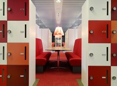 The Ministry of Agriculture Offices - The Hague - Lockers create a room for a meeting booth Corporate Interiors, Office Interiors, Office Lockers, Locker Designs, Red Office, 70s Decor, Office Environment, Design Research, Design Strategy