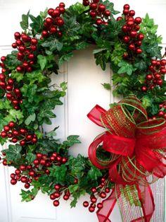 On Sale Christmas Wreath Mesh Bow Wreath Berry by SweetIvyWreaths