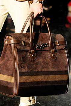 Chocolate gucci birkin bag w/ mottled upper, striped bottom Gucci Handbags, Fashion Handbags, Purses And Handbags, Fashion Bags, Leather Handbags, Designer Handbags, Beautiful Handbags, Beautiful Bags, Givenchy
