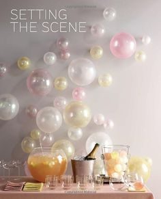 Love the bubble affect with balloons!  Amazon.com: Martha Stewart's Handmade Holiday Crafts: 225 Inspired Projects for Year-Round Celebrations (9780307586902): Editors of Martha Stewart Living: Books