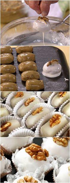 PARTICULARMENTE AMO ESSE DOCINHO,ACHO MUITO CHIQUE!!(Camafeu de nozes) VEJA AQUI>>>Em uma panela, coloque leite condensado, manteiga e nozes moídas e misture Cozinhe por aproximadamente 5 minutos (até desgrudar da panela) sem parar de mexer #receita#bolo#torta#doce#sobremesa#aniversario#pudim#mousse#pave#Cheesecake#chocolate#confeitaria Party Sweets, Candy Cakes, Macaron, Love Food, Sweet Recipes, Delicious Desserts, Sweet Treats, Food Porn, Food And Drink