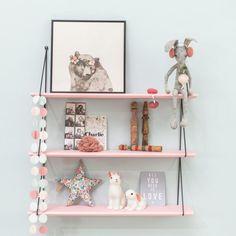 pink shelf, kids room or nursery Pink Shelves, Room Shelves, Kids Interior, Baby Deco, Deco Kids, Shabby Chic Bedrooms, Kids Corner, Little Girl Rooms, Fashion Room
