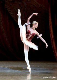 Alina Somova – Алина Сомова, Mariinsky Ballet© Gene Schiavone