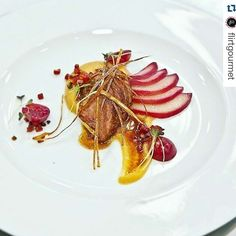 #Repost @flirtgourmet with @repostapp  Pork Apples Port Poached Pear Bacon Pickled Grapes & Jus  by @annkristinwenzel   Porco Maçãs Pera bêbada Bacon pickle de uvas & jus rápido  www.flirtgourmet.com #flirtgourmetbyannkristin #flirtgourmet #chefannkristin #annkristin #annkristinwenzel #duck #theartofplating #chefsofinstagram #cheflife #truecooks #foodelia #foodstyling #foodstarz #cheflife #cook #dinner #lunch #apples #plating #clean #modern #gourmet #gourmetfood  #masterchefportugal…