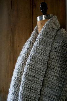 Free Pattern: Fluted Cowl by Purl Soho