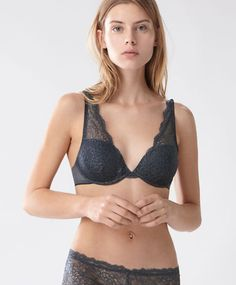 BRAS - Underwired - Spring Summer 2017 trends in women fashion at Oysho online. Find lingerie, pyjamas, slippers, nighties, gowns, fluffy, maternity, sportswear, shoes, accessories, body shapers, beachwear and swimsuits & bikinis.