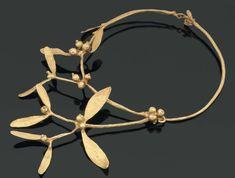 CLAUDE LALANNE Collier Gui. 1990 Bronze doré. Numéroté 54 / 250. Monogrammé.