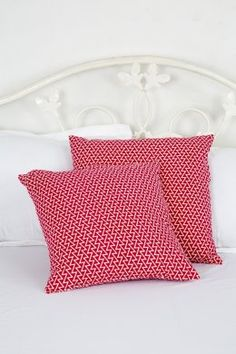 Kids Cushion Covers, Round Cushion Covers, Cotton Cushion Covers, Fancy Cushion Covers, Designer Cushion Covers