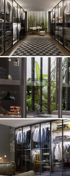 der kleiderschrank perry hat moderne glasturen die leicht getont sind mit optionaler innenraumbeleuchtung wird