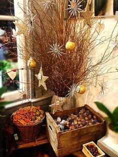 I like country/folk/primitive, too. But very picky. This scene strikes me as spicy (as opposed to peppermint-y), I like it! Indoor Christmas Decorations, Outdoor Christmas, Rustic Christmas, Christmas Time, Xmas, Seasonal Decor, Holiday Decor, 242, Vintage Christmas Cards