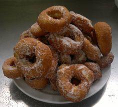roaquillas Doughnut, Desserts, Food, Donut Holes, Breads, Sweets, Hipster Stuff, Tailgate Desserts, Deserts