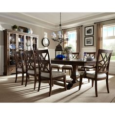 I just love the Trisha Yearwood collection, especially this dining set. Gorgeous, don't you think?