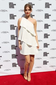 Barbara Palvin Photos - Model Barbara Palvin poses at the L'Oreal Paris Luncheon on day one of L'Oreal Melbourne Fashion Festival on March 18, 2013 in Melbourne, Australia. - L'Oreal Melbourne Fashion Festival: Day 1