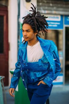 Street Style: Paris Men's Fashion Week - The New York Times Weather In France, Tactical Vest, Mens Fashion Week, Celebs, Celebrities, Apocalypse, Paris Fashion, Dress To Impress, Jumpsuit