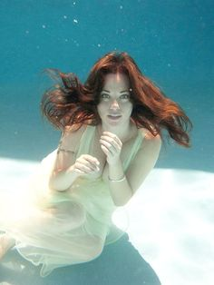 Under Water Photos of Most Beautiful Girls