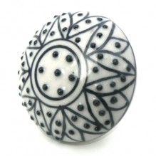 Bouton de meuble Mandala, fleur noire et porcelaine blanche
