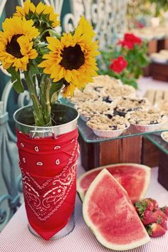 Hostess with the Mostess® - Americana BBQ Rehearsal Dinner Country Themed Parties, Western Parties, Picnic Theme, Picnic Party Favors, Country Picnic, Bbq Party, Chili Party, Farm Party, Cowboy Party