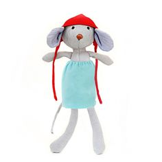 Catalina Mouse        Sometimes the other animals ask Catalina, doesn't that bonnet constrict your ears? She says, thank you for asking but in fact no, it is cozy and it stretches. Plus, when she finds nice acorns she can use her bonnet as a bag.    Catalina is made of gray organic cotton jersey, and stuffed ...