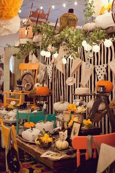 The Mad Hatter Vintage Flea Market ~2013